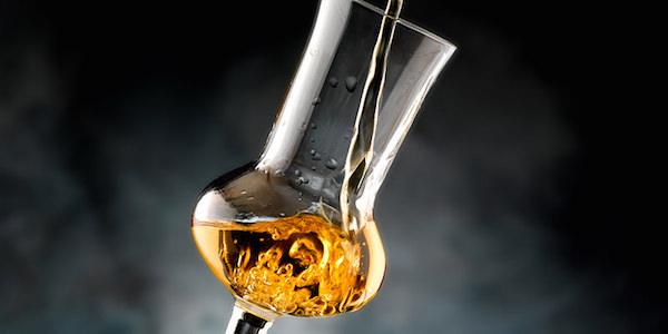 bicchiere di grappa barricata